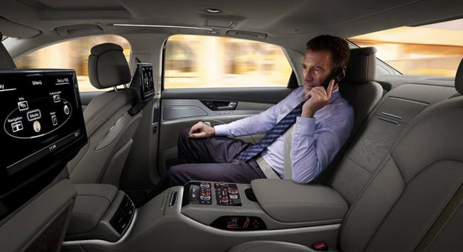 luxury chauffeur service dubai