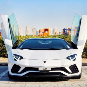 Guide to the Best Supercar Rental Experience in Dubai