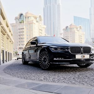 Difference between leasing a car and renting a car in Dubai