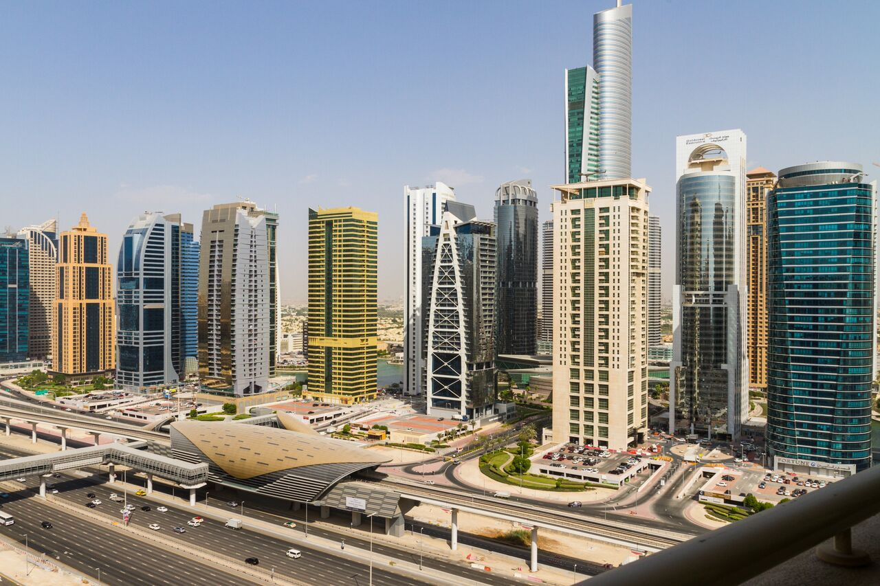 Why JLT Is the Place to Eat, Sleep, Drive in Dubai?