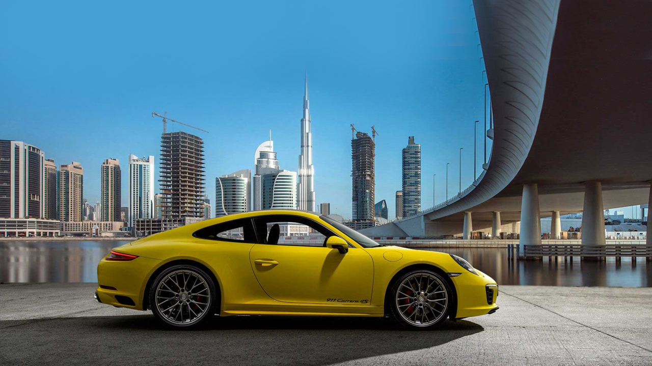 Porsche - Downtown Dubai