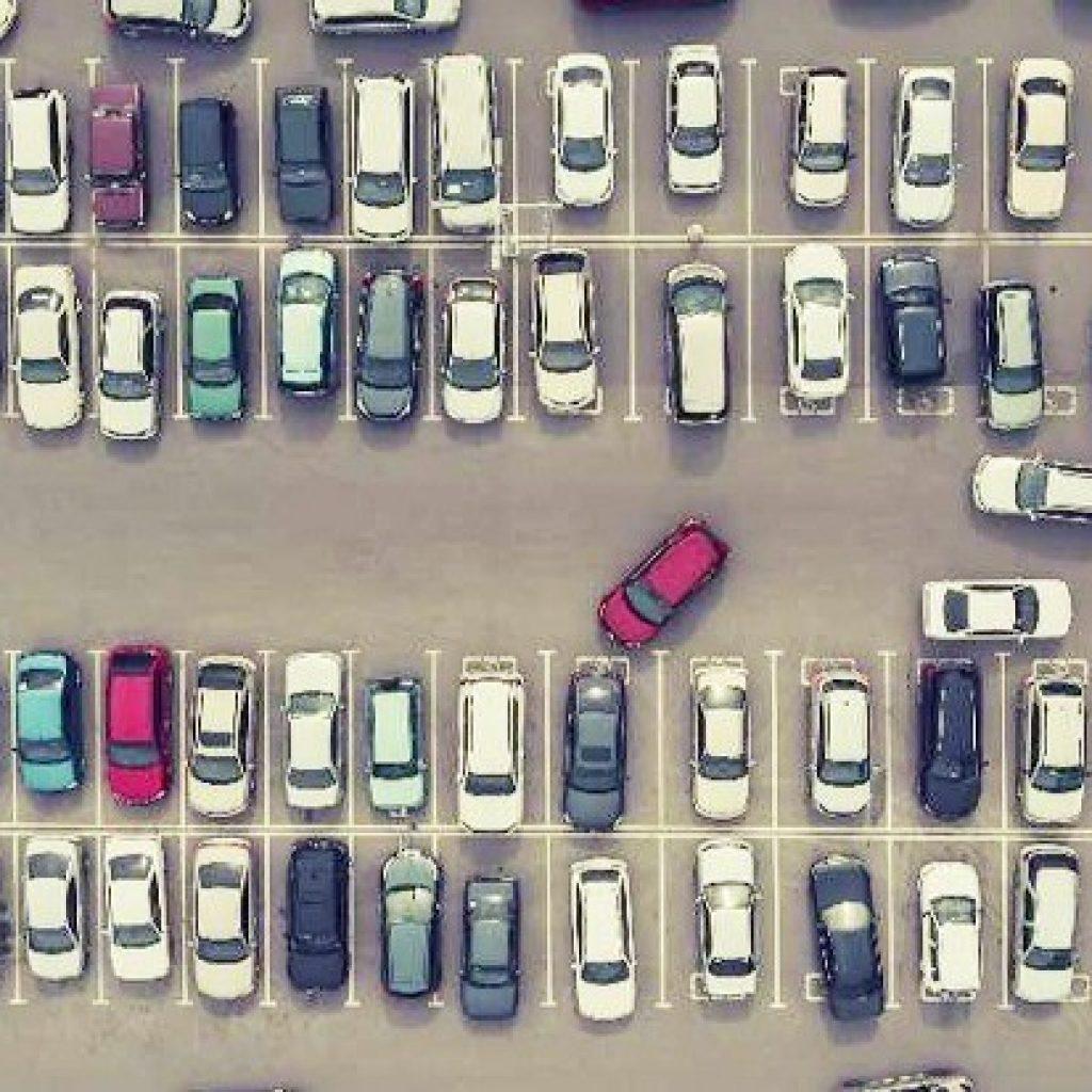 parking-lot-dubai-full