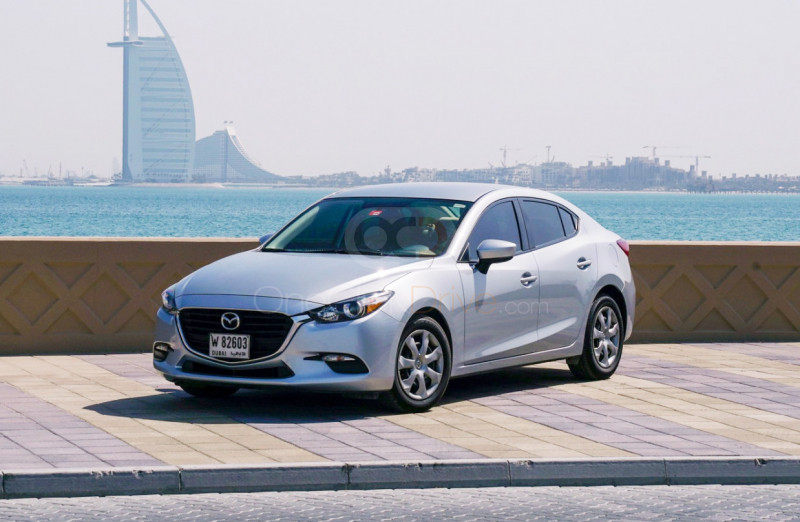 8 Best Sedan Car Rentals in Dubai